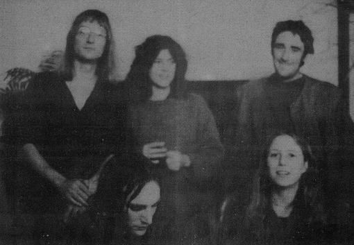 HENRY COW 77-78 Tim Hodgkinson, Lindsay Cooper, Fred Frith, Chris Cutler, Georgie Born, (Foto V.F. Stauffer)