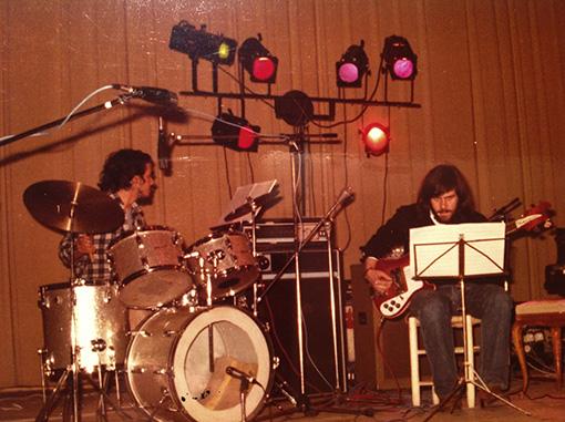 Manolo Torres y Pepe Rodriguez en una actuación La Salle (años 80)